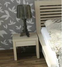 BRIK kremnica, nábytok na mieru - nočný stolík Cloe , dub