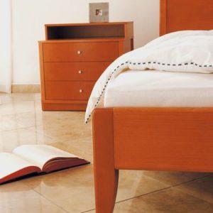 Posteľ Ferdinand detail nohy, Brik kremnica, postele na mieru, Brik kremnica