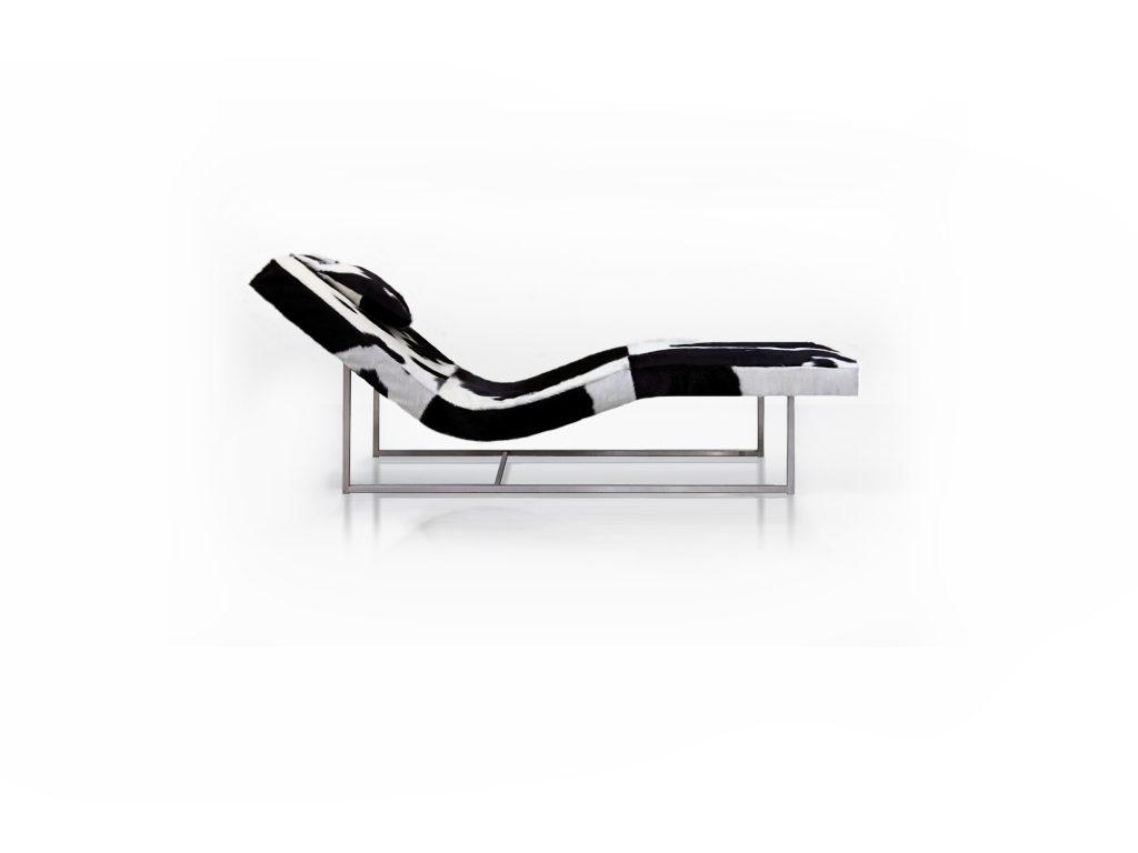 KRESLO lounge ria kravska koza , nerezová podnož, dizajnové kreslo, Brik Kremnica