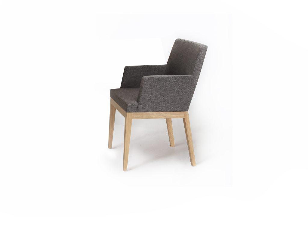 Dizajnová stolička kresielko FANY, látka, kože, masívne nohy, buk, dub, Brik Kremnica