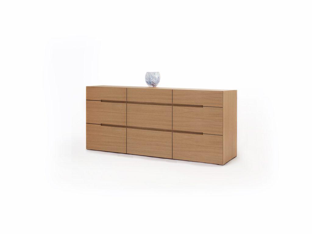 Dizajnová komoda PURA 7 v prevedení dub alebo buk, so zásuvkami, BRIK Kremnica